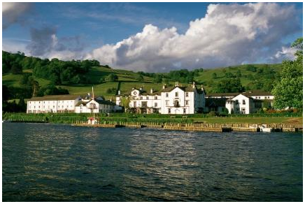 The period between Christmas and New Year is known in the hotel trade as Twixmas; that short period of downtime between the two major celebrations. <a href='http://ourcountryroad.com/Lake-District/Why-Choose-a-Lake-District-Hotel-for-a-Twixmas-Break-.html'>more...</a>